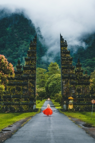 Girl on Bali Road