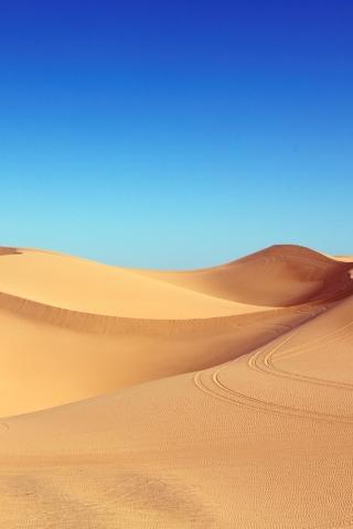 Hot Desert Sand